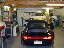 garage Concept Abri amenage pour preparation porsche